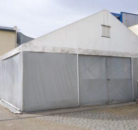 Hala namiotowa 10 x 30 m, ściana 3